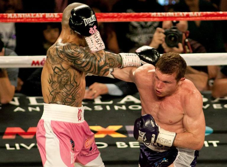 Cotto gets the sixth world center by winning by unanimous decision to Kamegai