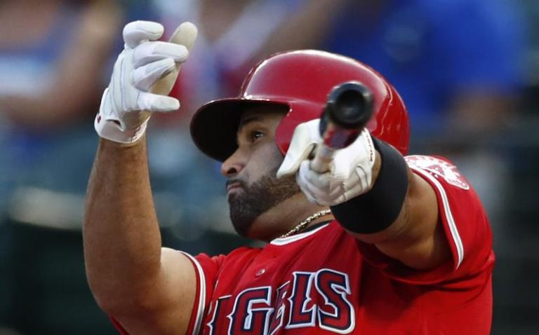 Yankees home and make history; Pujols leaves San Luis with two hits