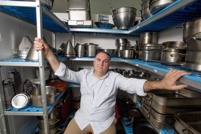 Spanish chef José Andrés will give meals to those affected by Hurricane 'Dorian' in Bahamas and Florida