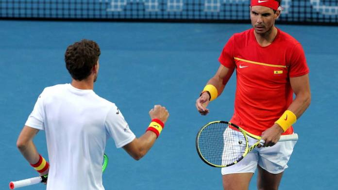 Nadal stumbles against Djokovic and the ATP Cup title will be decided in the doubles