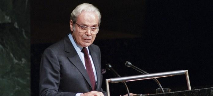 Former UN Secretary General Javier Pérez de Cuéllar dies at 100