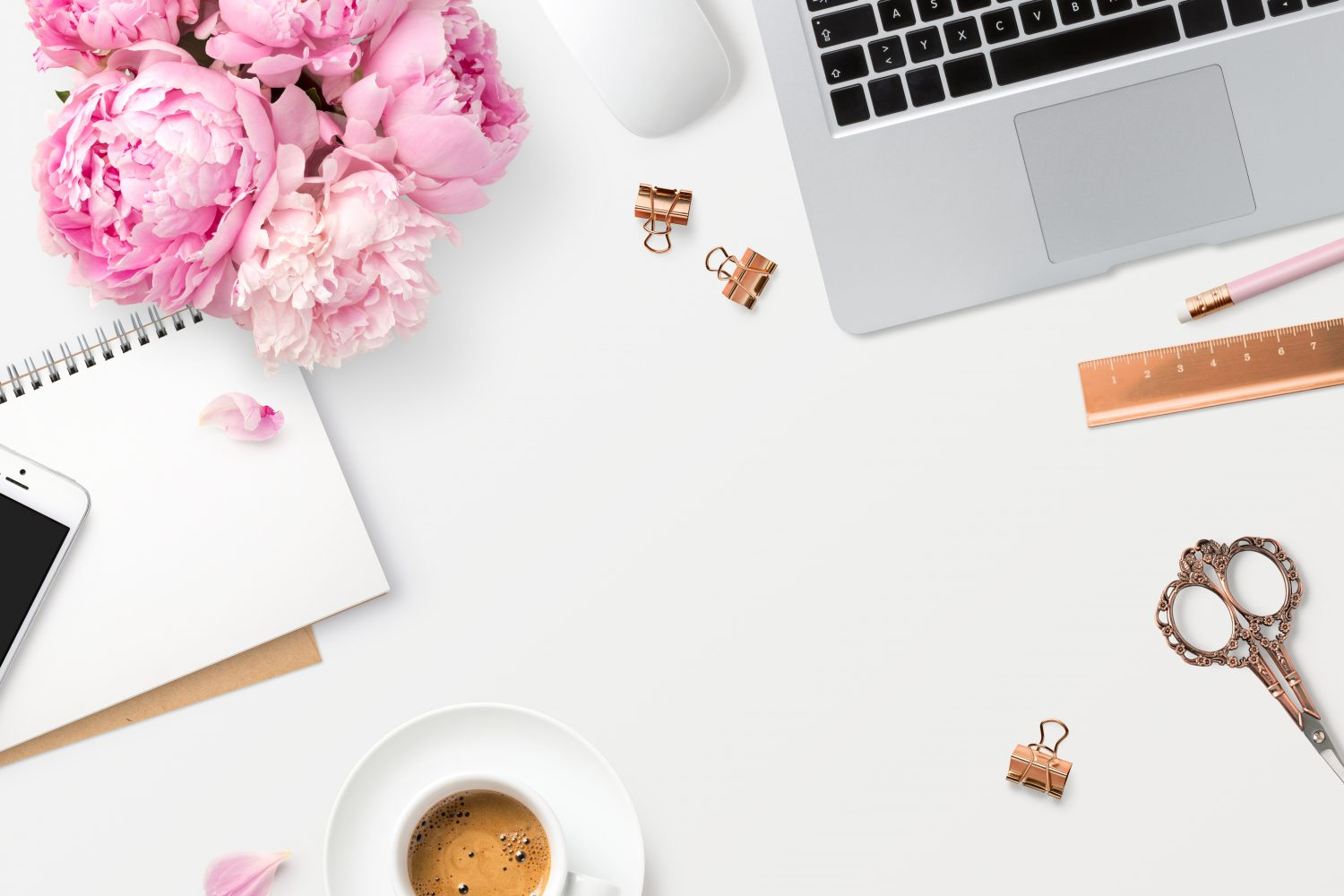 5 myths about working from home, myth, working from home, sahm, wahm, parenting, parenting tips, parenting blog, love, life, mom blog, mom blogger, mom bloggers, mom blogs