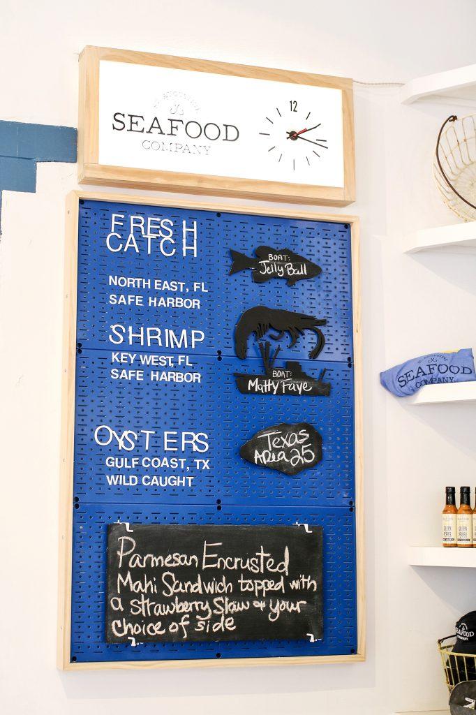 st. augustine seafood company, st. augustine, st. augustine restaurant, best restaurant, seafood restaurant, florida restaurant, st. augustine florida, fish sandwich, best seafood restaurant