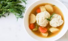 matzo ball soup, vegetarian, vegetarian recipes, vegetarian matzo ball soup, meatless meals, vegetable soup, recipe, recipes, kid foods, mom blog, mom blogger, mom bloggers, mom blogs, family friendly dishes, recipes, recipe, food blog, food bloggers