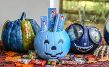 halloween traditions, pumpkin patch, pumpkin decorating, trick or treating, halloween treats, halloween candy, family halloween, halloween friendly activities, mom blog, mom blogger, mommy blog, mommy blogger, 2018, family blog, parenting blog, the super mom life, thesupermomlife, parenting blogger, family blogger