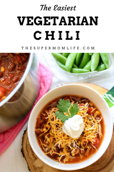 An easy vegetarian chili dish that will taste like you spent hours cooking. Easiest Vegetarian Chili, vegetarian chili, chili recipe, recipe, Super Bowl recipes, best vegetarian chili recipes, 2019, mom blog, mom blogger, mommy blog, mommy blogger, family blog, parenting blog, the super mom life, thesupermomlife, parenting blogger, family blogger, food blogger