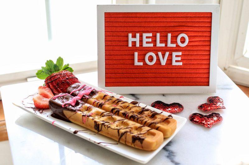 valentine's day, valentine's day breakfast, breakfast ideas, breakfast in bed, waffle sticks, breakfast recipes, valentine's day recipes, chocolate, strawberries, 2019, mom blog, mom blogger, mommy blog, mommy blogger, 2018, family blog, parenting blog, the super mom life, thesupermomlife, parenting blogger, family blogger