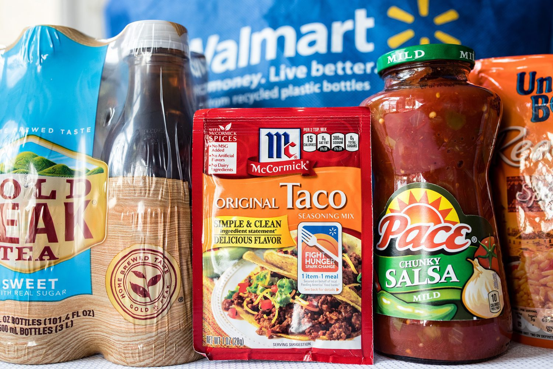 walmart, feeding america, fight hunger, spark change, 1 item 1 meal, 1 billion meals, taco bowl, taco, taco tuesday, taco bowl bar, vegetarian taco bowl, ultimate taco bowl, recipe, family friendly, kid approved