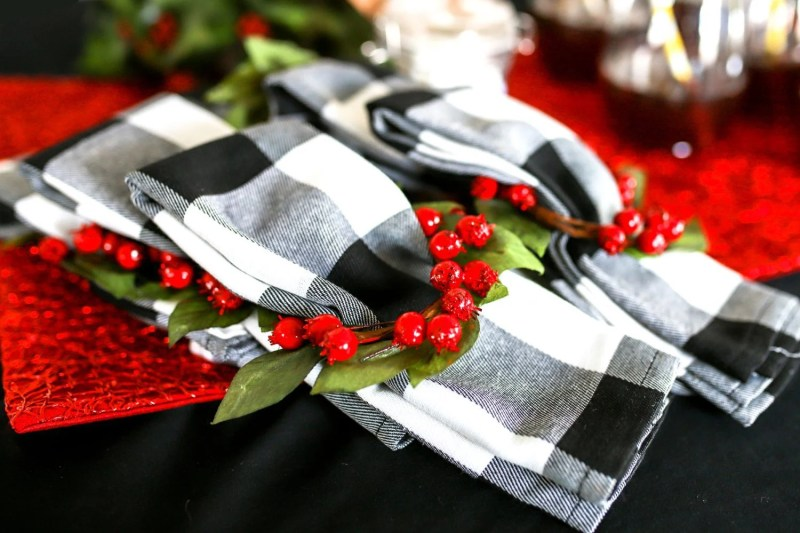 checkered plaid napkins with holly napkin rings