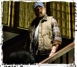 Dean sees Bobby Supernatural Safe House
