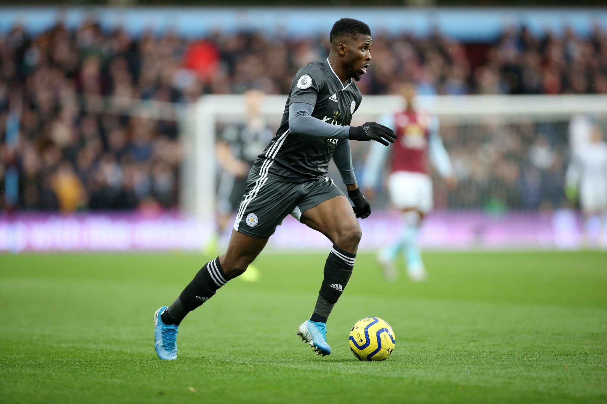 IHEANACHO SETS FOXES ON THE WAY TO VICTORY