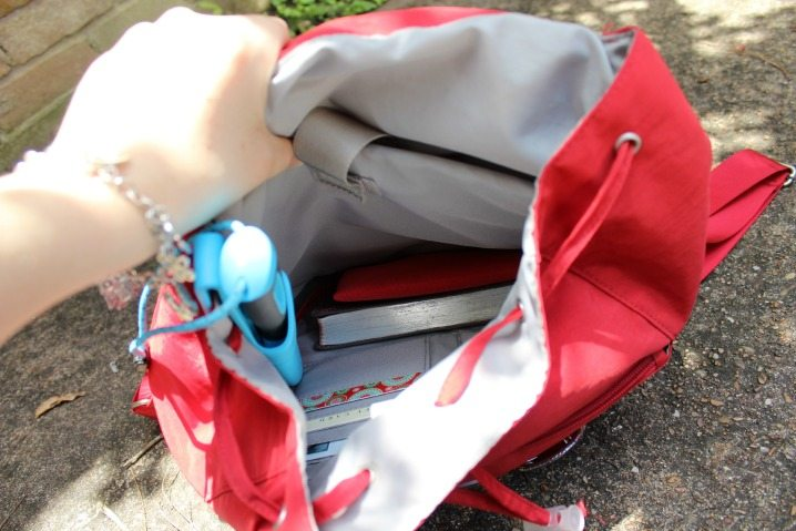 How to Turn Any Handbag Into an Emergency Kit via The Survival Mom