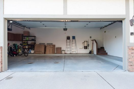 51 Garage & Central Vac