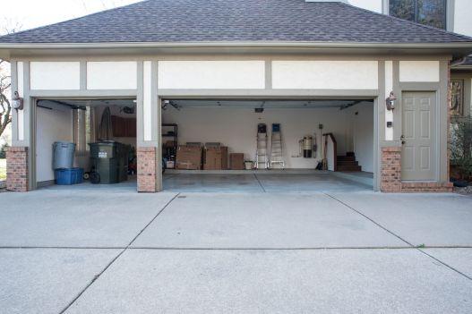 52 Garage