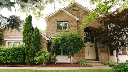 SOLD – 2073 Dell Rose, Bloomfield Hills