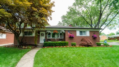 PENDING –  8783 Strom, Sterling Heights