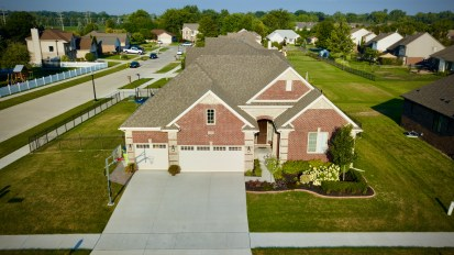 SOLD – 55099 Hidden River, Macomb Twp
