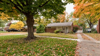 SOLD – 17319 Delaware, Redford Twp.