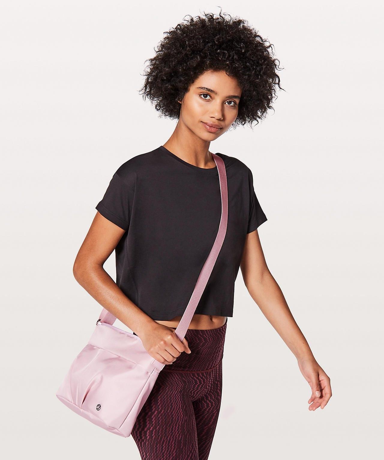 City Adventurer Shoulder Bag