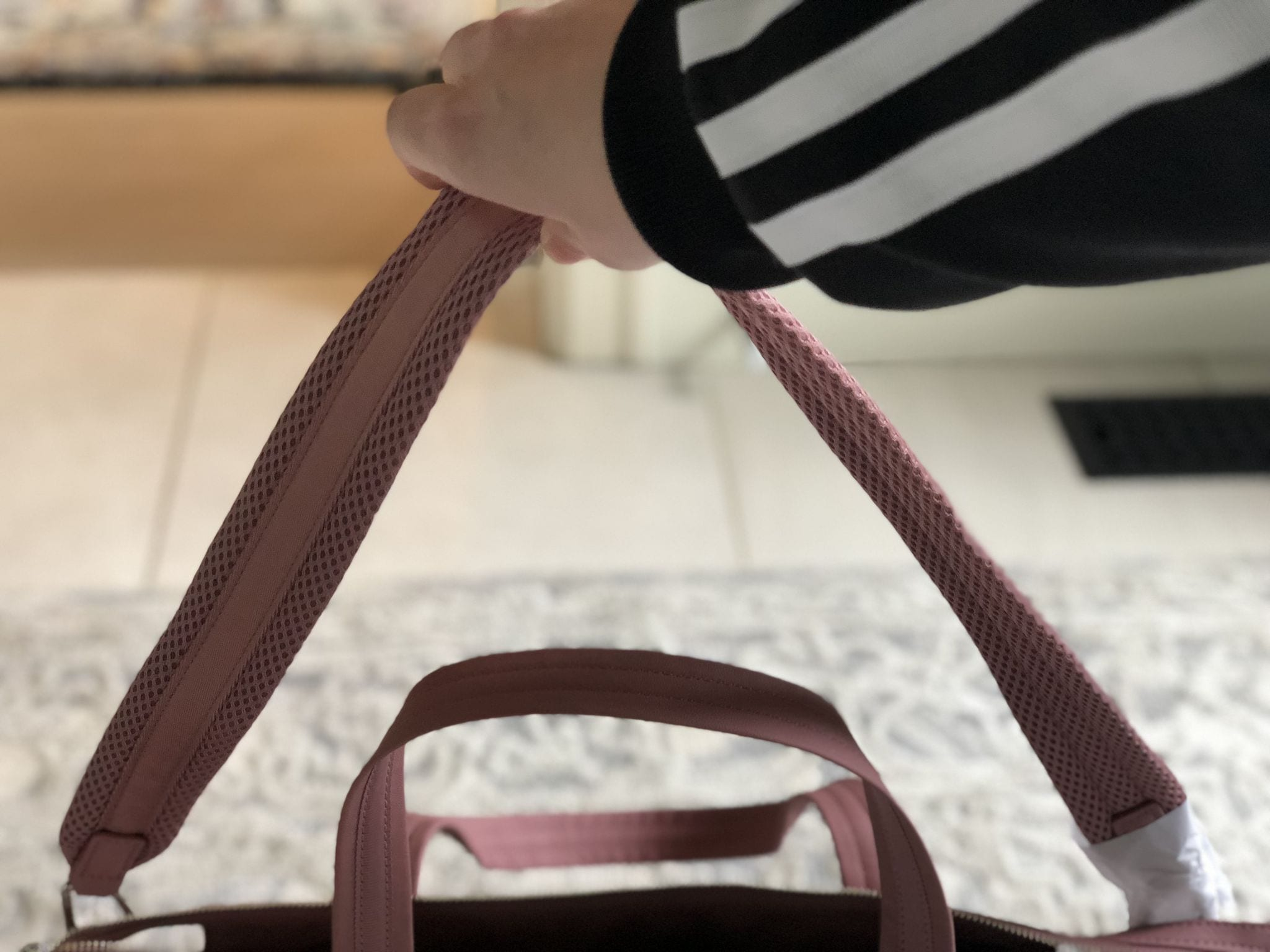 Lululemon Everywhere Bag Quicksand