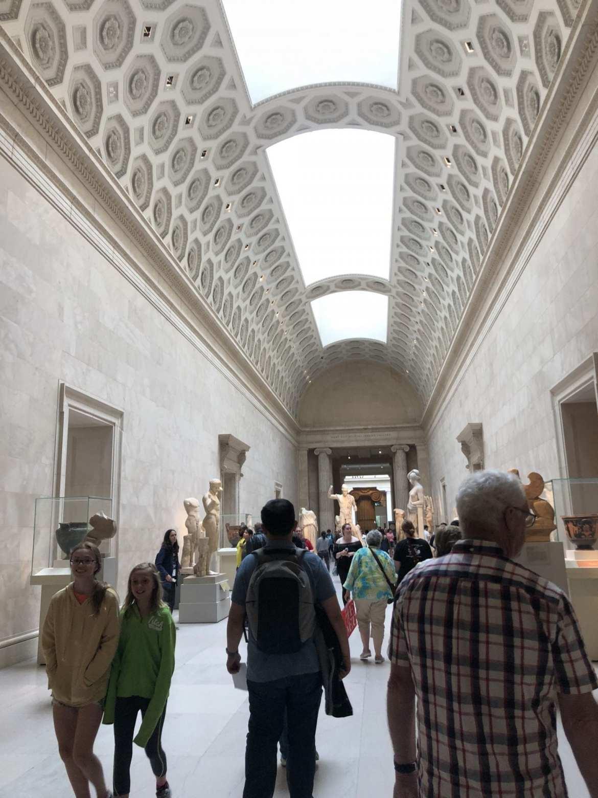 Heavenly Bodies: Fashion and the Catholic Imagination, Metropolitan Museum