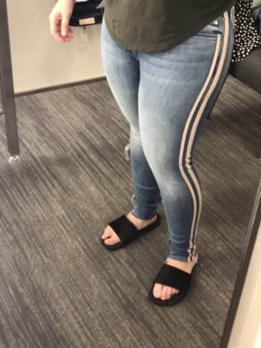The Looker Frayed Ankle Skinny Jeans MOTHER