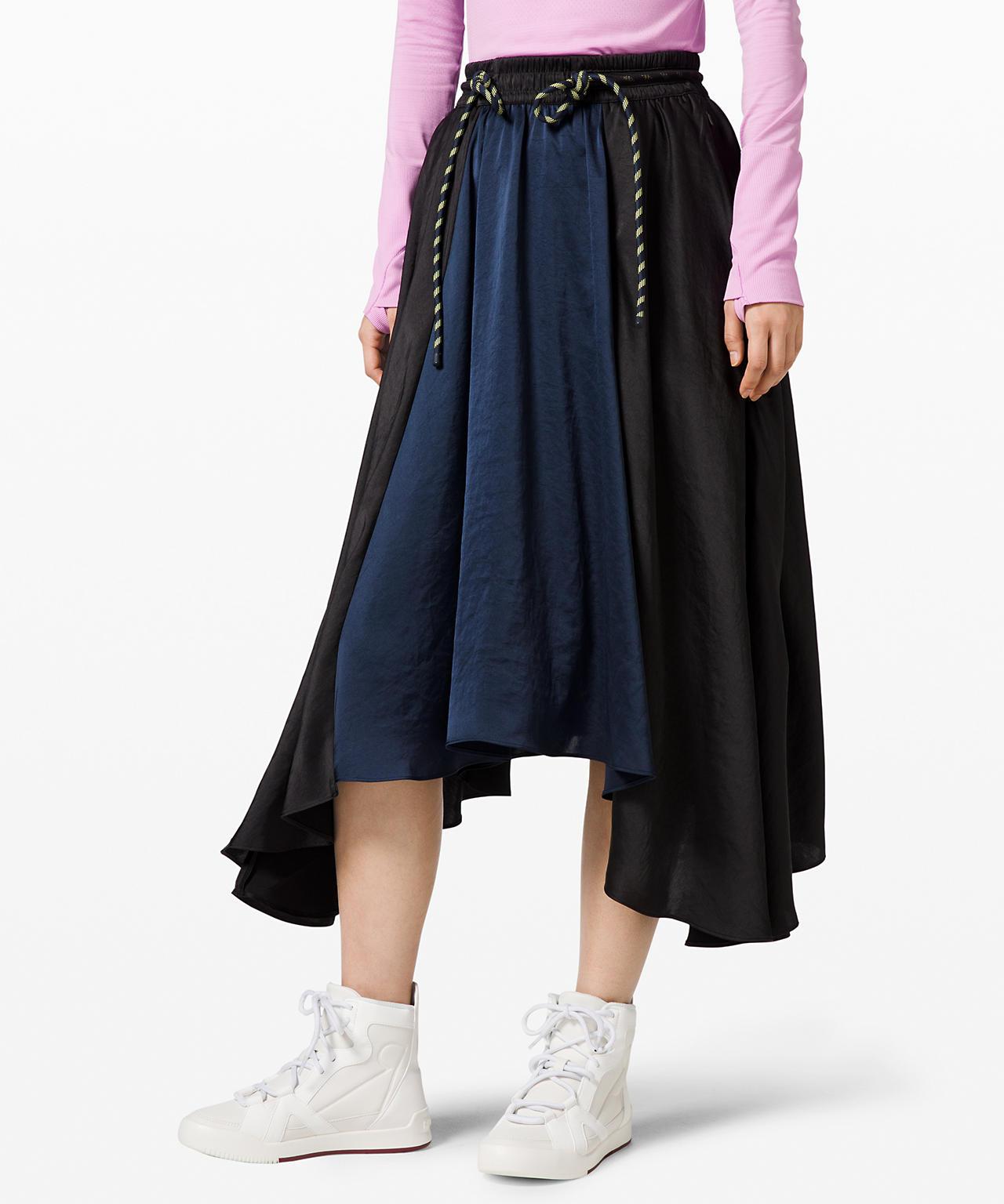 Face Forward Skirt  lululemon x Roksanda