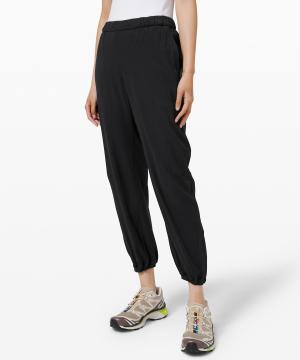 Essential Affinity Mid Rise Jogger 27 3