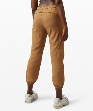 Essential Affinity Mid Rise Jogger 272