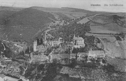 Château de Vianden (Luxembourg) - Ruines