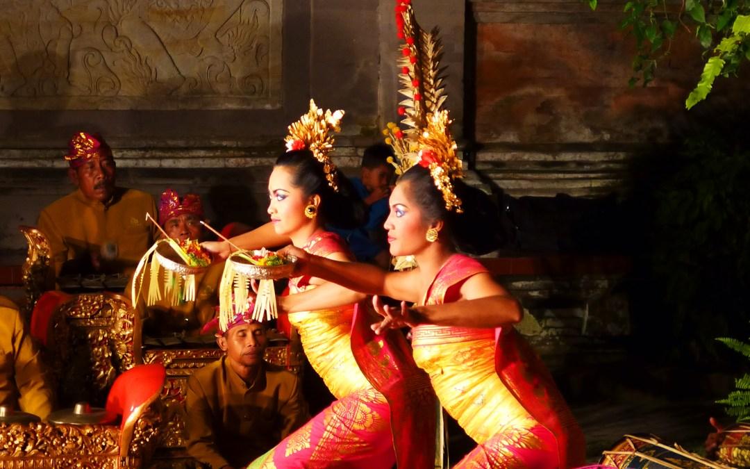 Danses princières : Legong au Palais d'Ubud