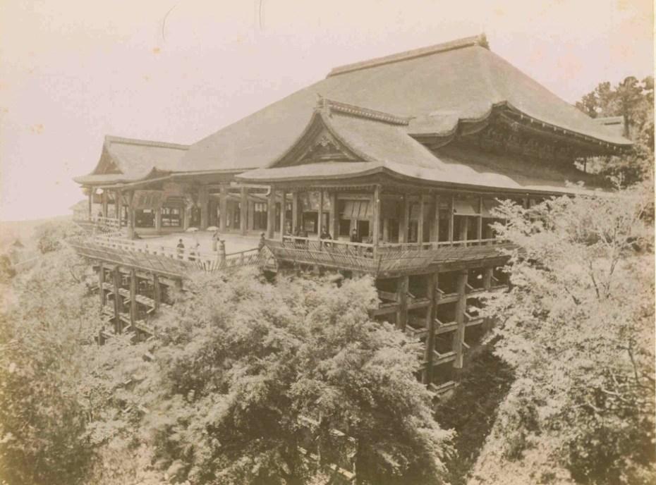 Adolfo Farsari - Kiyomizu Kyoto