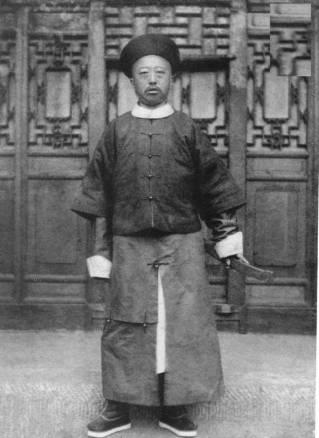 Yixuan, prince Chun - Liang Shitai