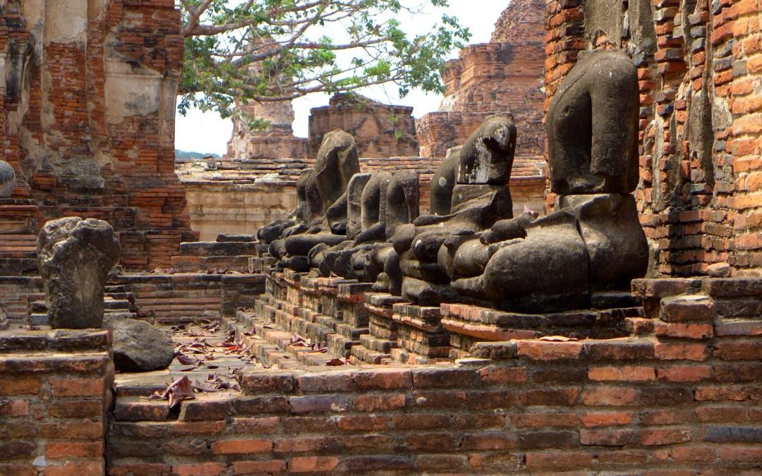 Bouddhas, viharns et ubosoths à Ayutthaya
