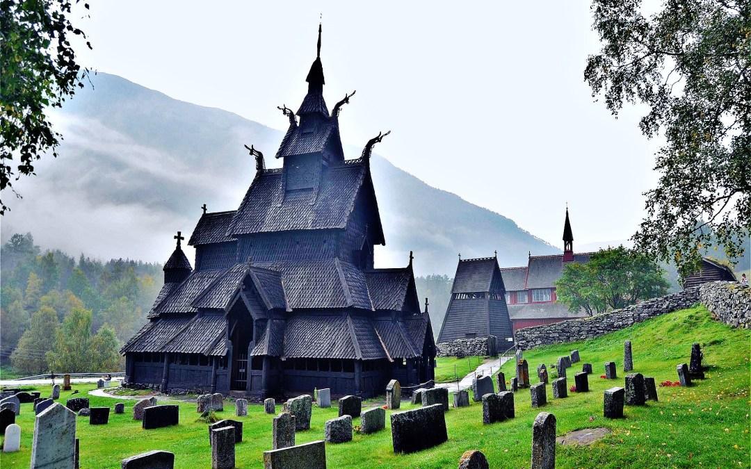 Stavkirke, l'église en bois debout (zone norvégienne)