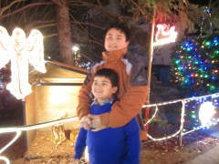 Out with my sister and 2 of my nephews to see Christmas lights