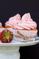 Receta de Cupcakes de Fresa con Betún de Fresa