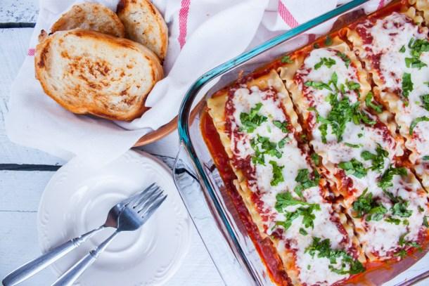 Rollos de Lasagna súper fáciles - Super Easy Lasagna Roll Ups with @ragusauce