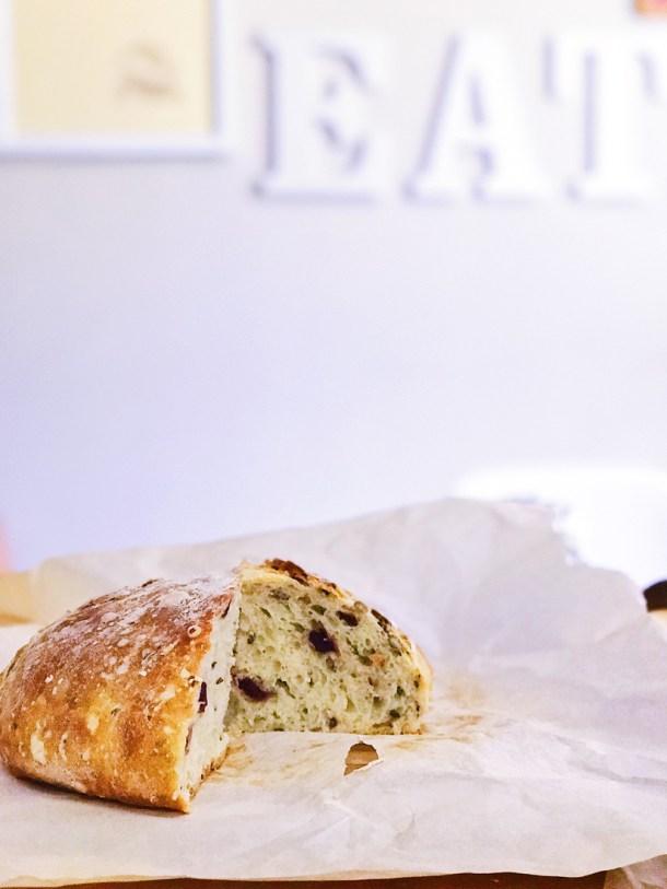 Pan de Olla en el Manos a la Masa Workshop: Taller de Panadería Casera
