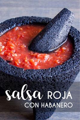 Aprende a hacer esta deliciosa Salsa Roja con Habanero fácil y rápida. Es perfecta para acompañar tacos, carne asada y hasta los huevitos del desayuno, ¡te va a encantar! • The Sweet Molcajete #thesweetmolcajete #salsapicante #salsaroja #comidamexicana #salsadehabanero #habanero #salsa #receta #recetasdecocina #recetasfáciles