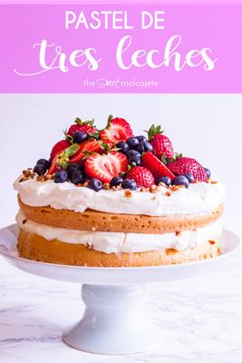 Aprende a hacer Pastel de Tres Leches, uno de los postres mexicanos más populares y deliciosos. Con un bizcocho esponjoso bañado en una mezcla de leches con exquisito sabor a vainilla, se va a convertir en tu pastel favorito. ¡Además es súper fácil de preparar!
