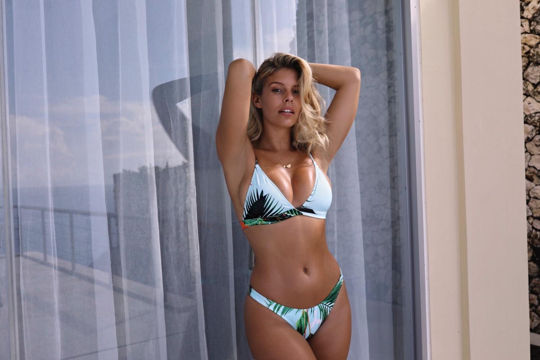 Video Natasha Oakley nudes (71 photos), Hot