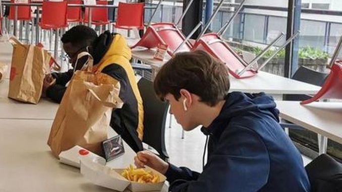 780000 repas à 1 euro servis à des étudiants chaque semaine en mars.