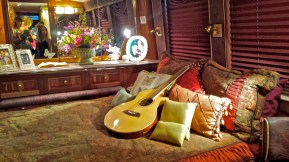 Dolly's bedroom on wheels