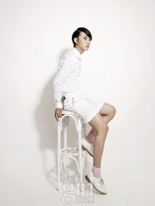 yoonsiyoon+voguegirl+jun11_2