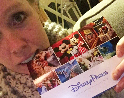 Live-tweeting the Disney vacation planning DVD