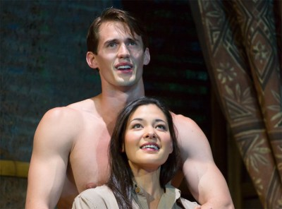 "Guthrie Theater's ""South Pacific"" Soars"