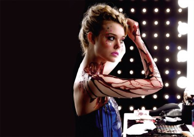 """The Neon Demon"": Nicolas Winding Refn Flashes Lights in Your Face For Two Hours"