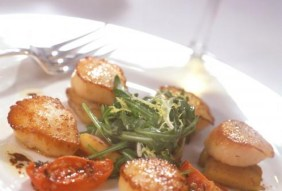 merrion_cellar_restaurant_scallops