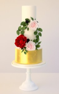 Floral Wreath cake by Cove Cake Design